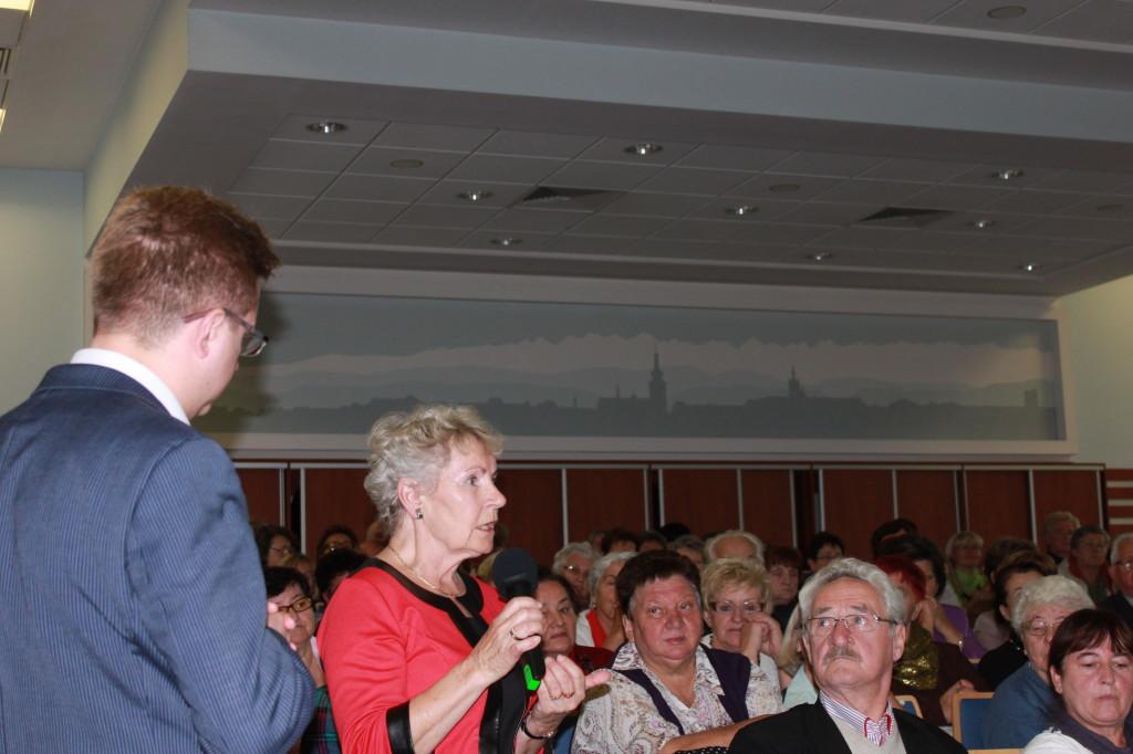 Głos zabrała m.in. pani Kazimiera Luberda, Prezes UTW w Nowym Targu